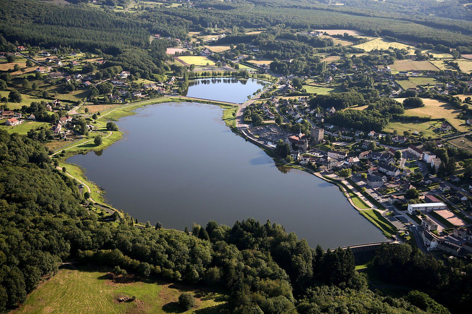 Saint-Sernin-du-Bois vu du ciel